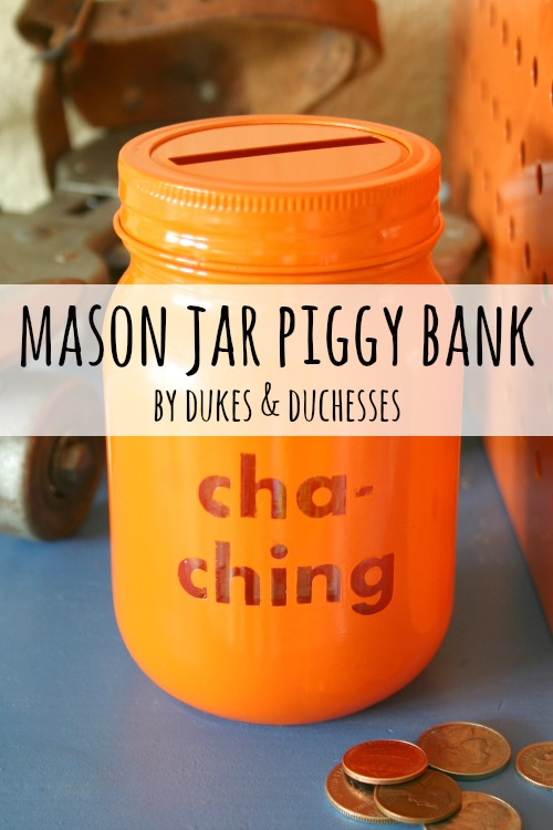 26 crafty mason jar ideas to organize and decorate your for Mason jar piggy bank
